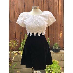 Jessica McClintock White Lace Black Suede Dress